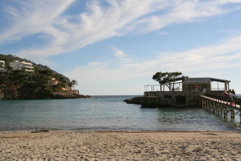 Illeta at camp de mar, restaurant in the sea